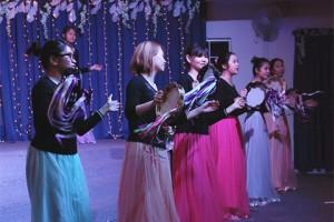 Tambourine-Dancers
