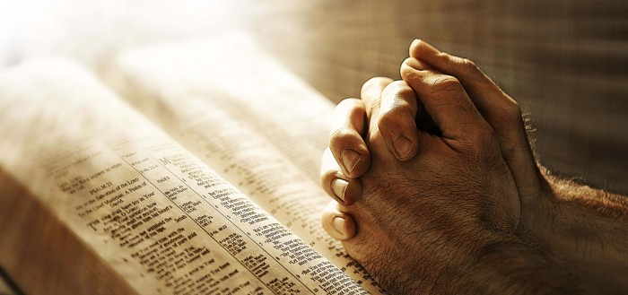 jesus-christ-pray-hand-for-best-wishes-HD-desktop-background-wallpapers